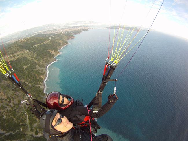 http://soaring13.free.fr/biplace_gopro3.jpg